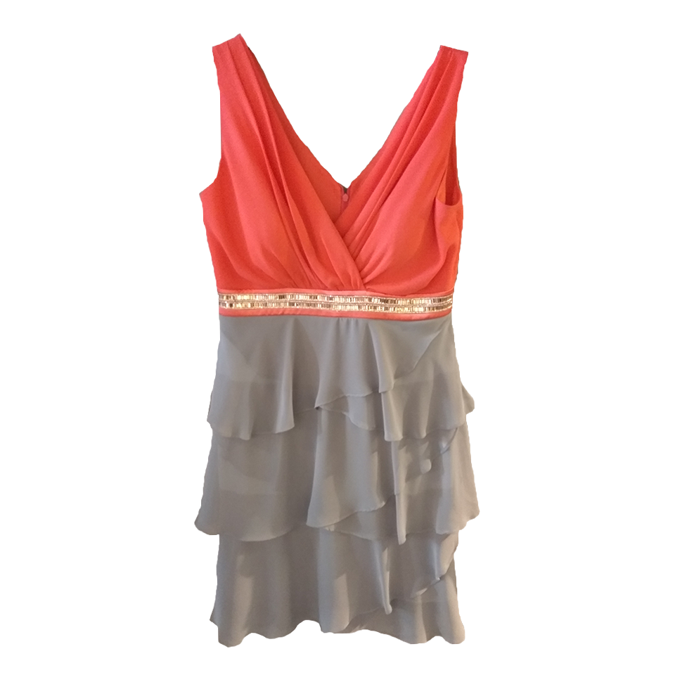 Mini φόρεμα κρουαζέ με βολάν