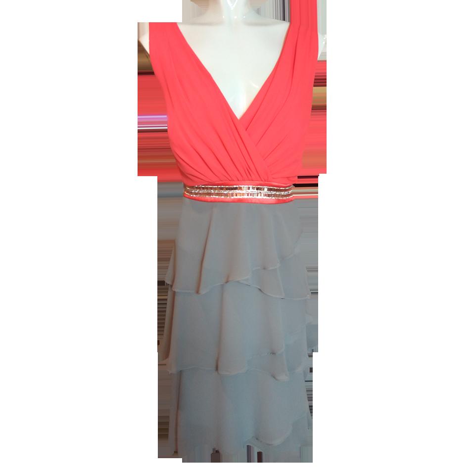 e096cdd8e4dc Mini φόρεμα κρουαζέ με βολάν
