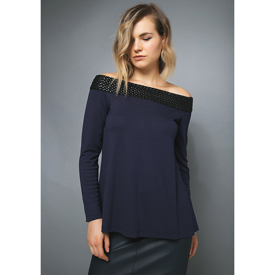 48f520debc9c99 Women s blouse with bare shoulders