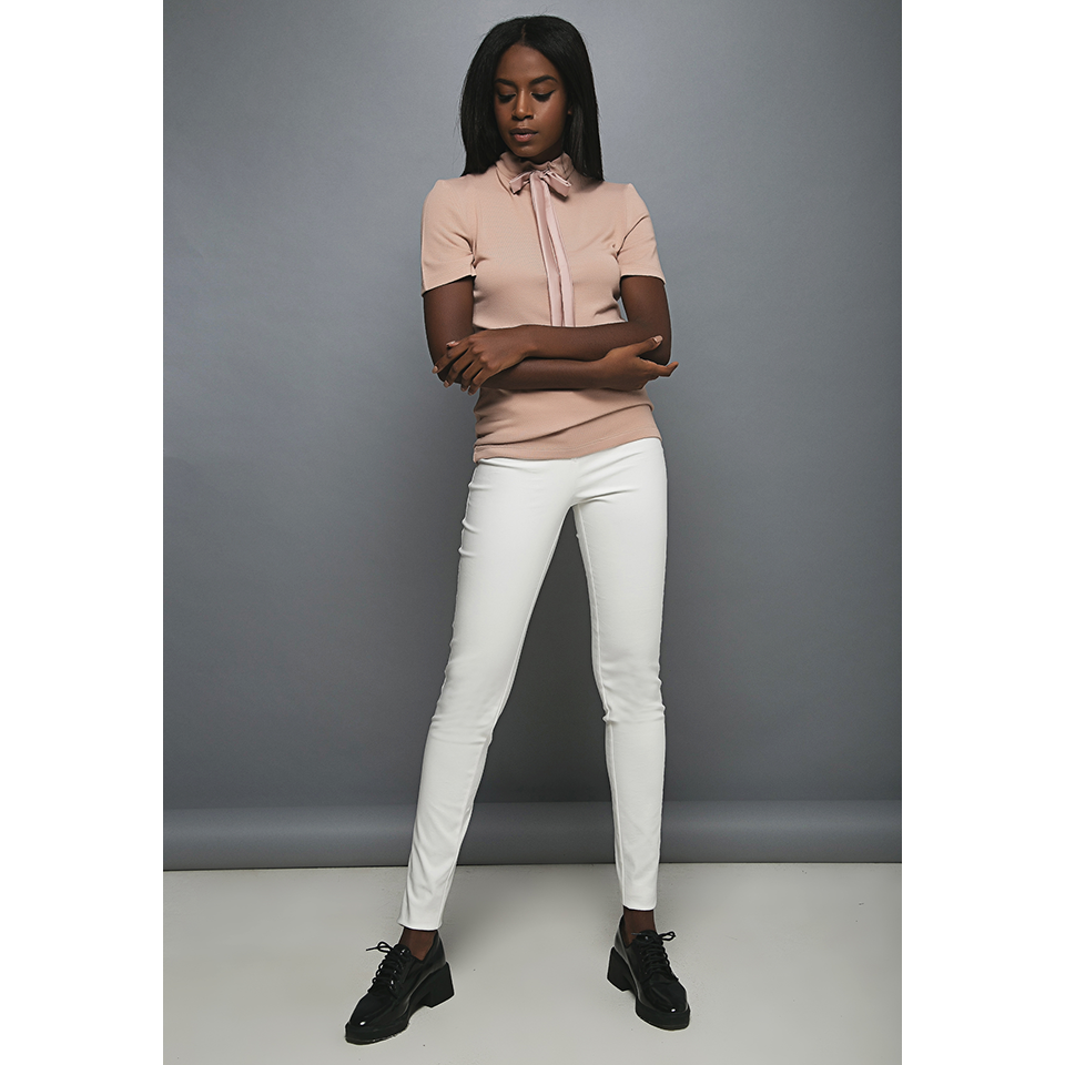 Γυναικεία κοντομάνικη μπλούζα με δέσιμο