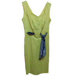 Mini casual φόρεμα σε στενή γραμμή