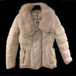 Κοντό μπουφάν με γούνα και ζώνη