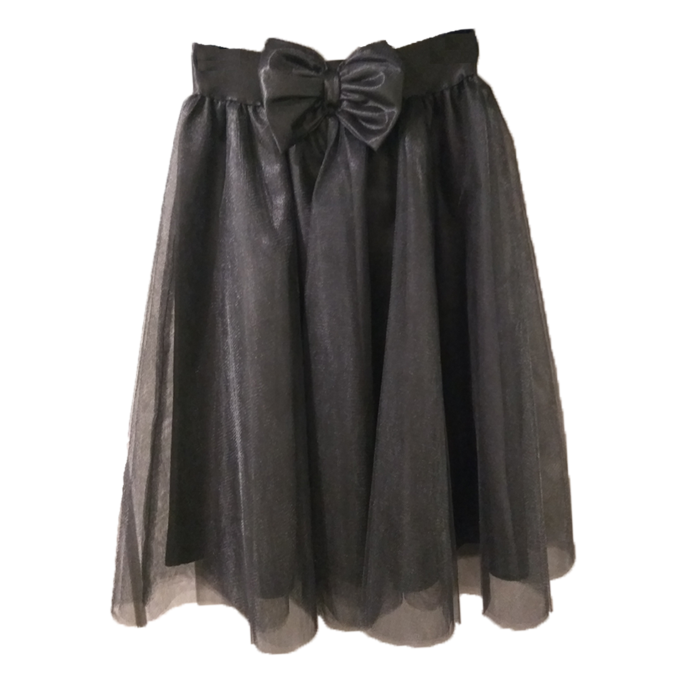 Tutu skirt with decorative bow