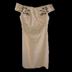 Κοντό φόρεμα casual με γυμνούς ώμους