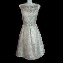 Αμάνικο κοντό φόρεμα σε Α γραμμή