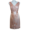 Mini φόρεμα σε ίσια γραμμή με ροζ ζώνη