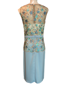 Short dress with embroidery at the top