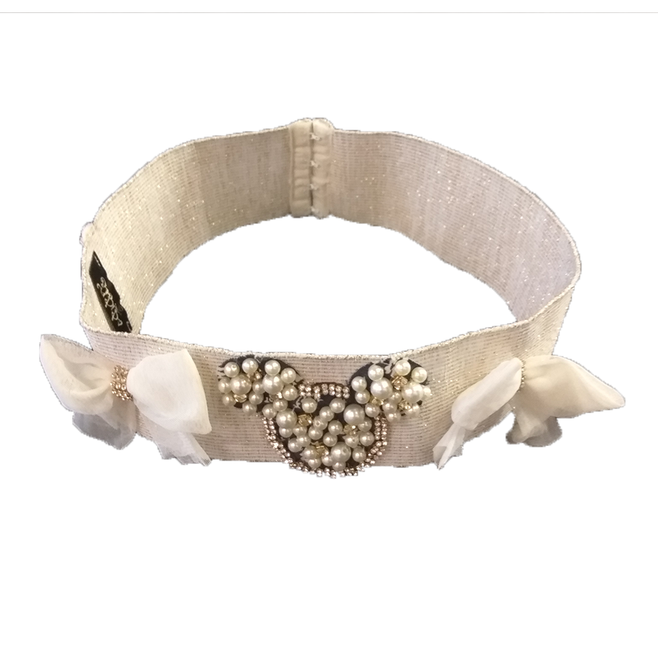 Long elastic band with pearls