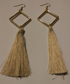 Long square earrings with tassel