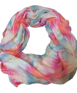 Women's scarf in fuchsia color