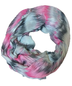 Women's scarf in pink color