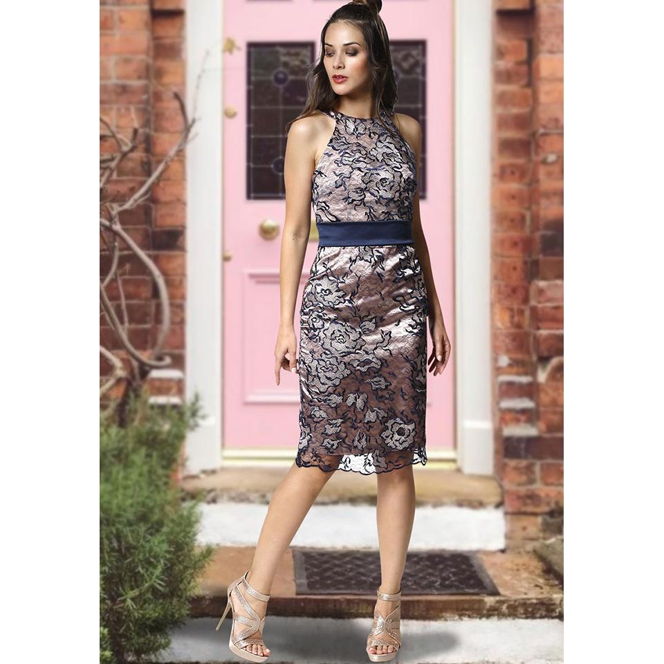 219f99bd036 Κοντό φόρεμα εφαρμοστό με παρτούς ώμους   Primadonna.com.gr