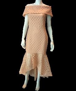 Strapless έξωμο φόρεμα με βολάν τελείωμα