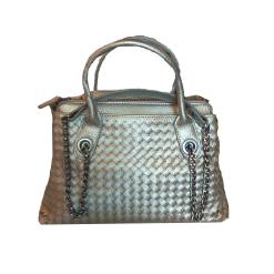 Women's handbag with handles and chain