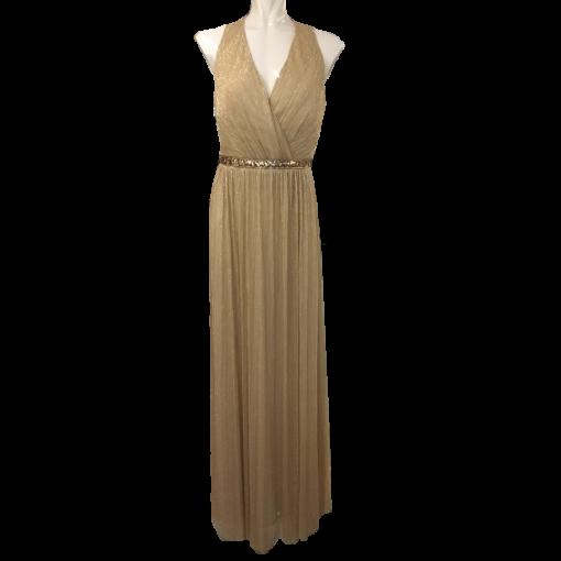 Maxi μονόχρωμο μεταλλιζέ φόρεμα με ανοικτή πλάτη
