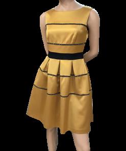 Κοντό φόρεμα με κουφόπιετες σε Α γραμμή