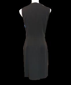 Κοντό μαύρο φόρεμα με μεταλλικά στοιχεία