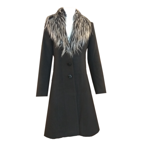 Coat with removable black fur