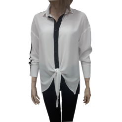 Two-color shirt with white tie
