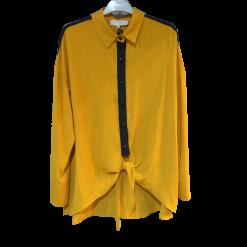 Two-color shirt that binds ocher