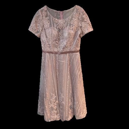 Midi φόρεμα δαντέλα σε Α γραμμή