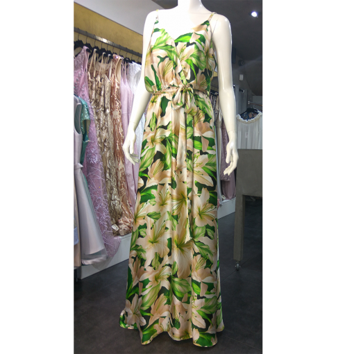 Maxi σατέν φόρεμα με άνοιγμα μπροστά