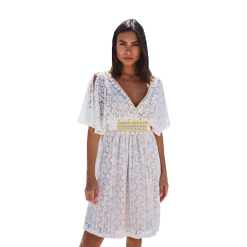 Dress lace with opening on sleeves